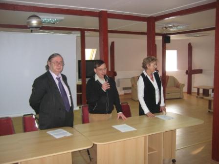 de la stânga la dreapta - Liviu Radu, Horia Gârbea, Mihaela Popescu
