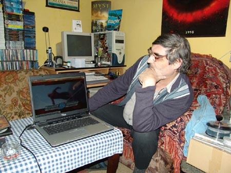 Foto-4-2009-02-Bucuresti-Coltul-meu-de-lucru